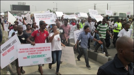 February 6 protesters moving through Lagos - photo DSM