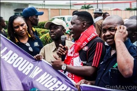 DSM member H.T. Soweto addressing strikers in Lagos - photo DSM